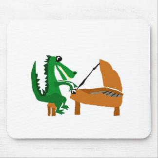 Fantastischer Alligator, der Klavier spielt Mousepads