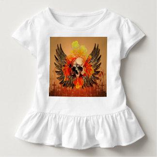 Fantastischer Schädel mit Rosen Kleinkind T-shirt