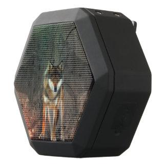 Fantastischer Wolf auf Vintagem Hintergrund Schwarze Bluetooth Lautsprecher