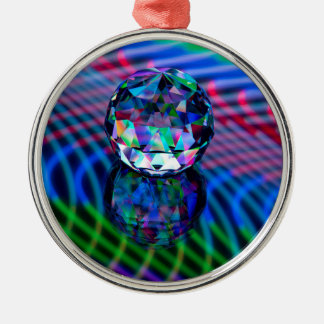 Farbe von Facetten im Glas Silbernes Ornament
