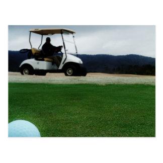 farbige Golfbälle und Wagen Postkarte
