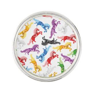 Farbige Muster-springende Pferde Anstecknadel