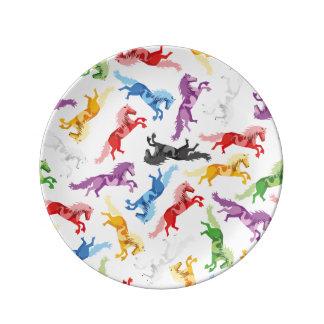 Farbige Muster-springende Pferde Porzellanteller