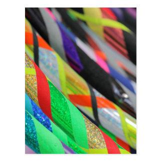 farbiges hula Band Postkarte