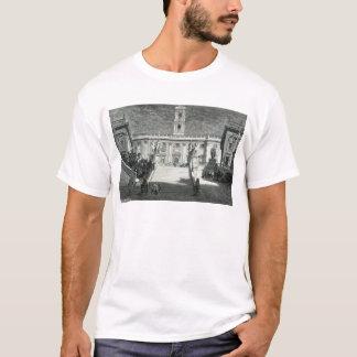 Fassade des Senats- Palastes, Rom T-Shirt