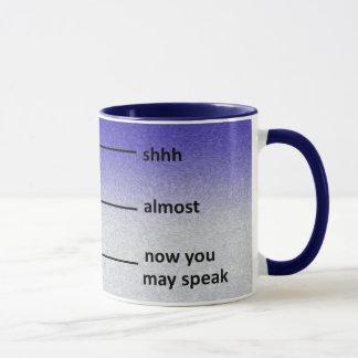 Fast jetzt können Sie Kaffee-Messbecher-Blau Tasse