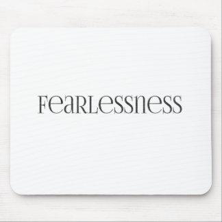 Fearlessness starkes starkes furchtloses mousepad
