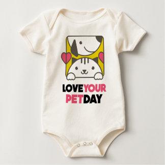Februar zwanzigster - Liebe Ihr Haustier-Tag Baby Strampler