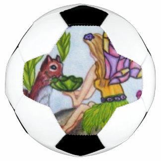 Fee verlässt Eichhörnchen-beflecktes Glas-Flügel Fußball