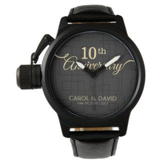 Feiern des 10. Jahrestages. Kundengerecht Uhr