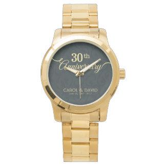 Feiern des 30. Jahrestages. Kundengerecht Armbanduhr