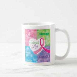 Feiern Sie Leben-Brustkrebs Schleifenentwurf Kaffeetasse