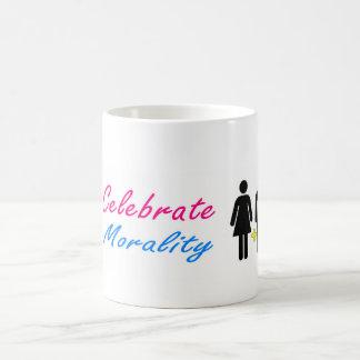 Feiern Sie Sittlichkeitsgefühl und traditionelle Kaffeetasse