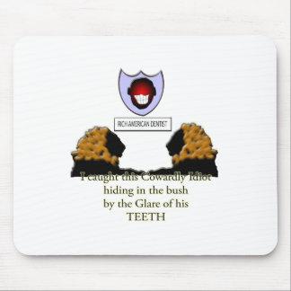 feiger amerikanischer Zahnarzt Mousepad