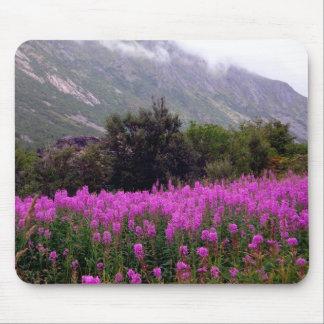 Feld der wilden Blumen in Norwegen Mousepads