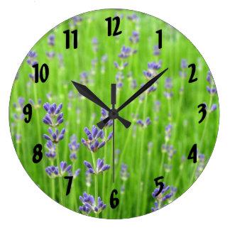 Feld des Lavendels Wanduhr