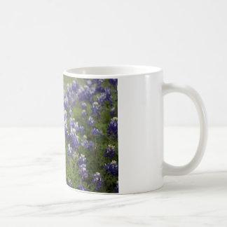 Feld von Bluebonnets Kaffeetasse