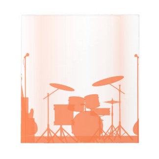Felsen-Band-Ausrüstung auf Bühne Notizblock