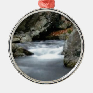 Felsen in The Creek Silbernes Ornament