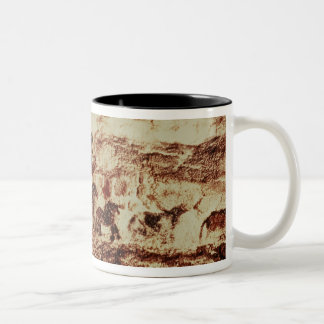 Felsenmalerei einer Springenkuh Zweifarbige Tasse
