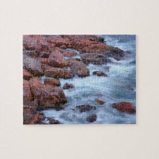 Felsige Küstenlinie mit Wasser, Kanada Puzzle