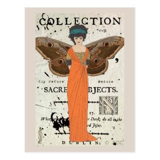 Femme Fatale Winged Frauen-orange Kleid Postkarte