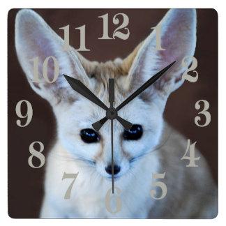 Fennec Fox Quadratische Wanduhr