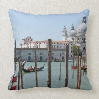 Ferien im Venedig-LandschaftsWurfskissen Kissen