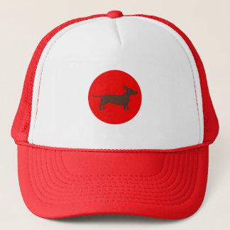 Fernlastfahrer-Hut mit Dackel und rotem Truckerkappe