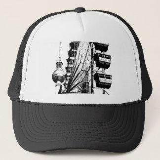 Ferris Wheel_01.01_G mit Berlin Fernsehturm, Alex Truckerkappe