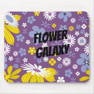 Fertigen Sie Blumen-Galaxie besonders an Mousepad