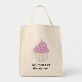 Fertigen Sie diese lila Kuchengraphik besonders an Leinentasche