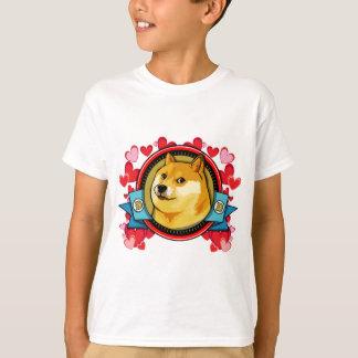 Fertigen Sie Doge Meme Liebe mit Ihrem eigenen T-Shirt