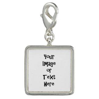 Fertigen Sie mit personalisierten Bildern und Text Charms