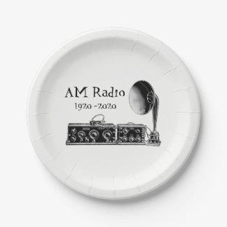 Fertigen Sie Vintages Radiogerät morgens besonders Pappteller