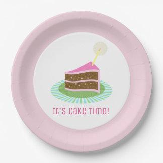 Festliche Schokolade und rosa Geburtstags-Kuchen Pappteller