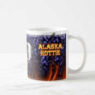 Feuer Alaskas Hottie und Flammen Blaumarmor Kaffeetasse