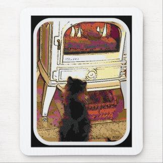 Feuer, das Miezekatze anstarrt Mousepad