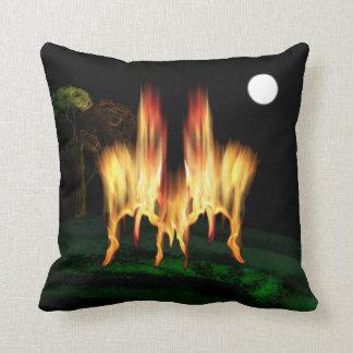 Feuer-Fliege Kissen