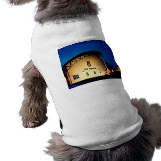 Feuer-Haus-Hund T-Shirt