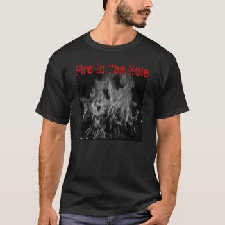 Feuer im Loch T-Shirt