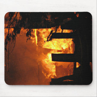 Feuer in der Halle 03 Mousepad