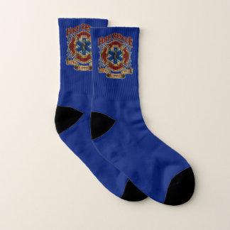 Feuer-Rettungsdienst vor Selbst Socken
