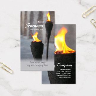 FeuerBurning setzt sich von einem wenigen Funken Visitenkarte