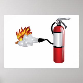 Feuerlöscher, der heraus Feuer-Plakat setzt Poster