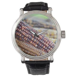 Feuersteinornamental-Mais Armbanduhr
