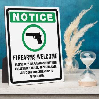 Feuerwaffen begrüßen Plakette Schautafeln