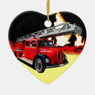 Feuerwehrauto Keramik Ornament