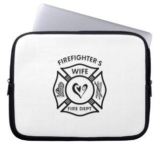 Feuerwehrmann-Ehefrau-maltesisches Herz Laptopschutzhülle
