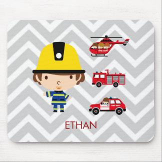 Feuerwehrmann-Notfahrzeuge auf Zickzack Mauspads